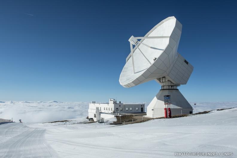 Le telescope de 30-mètres de l'IRAM à Pico Veleta