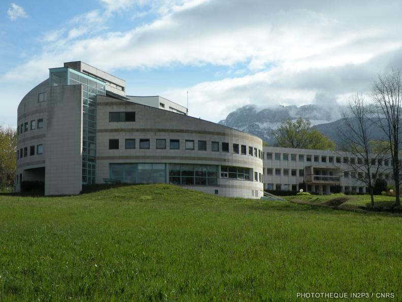 IN2P3-LAPP-18-04-2012-004