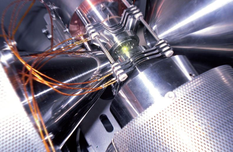 Le LPC Caen, Des réalisations récentes (2000-2020). LPC-Trap : piège à ions de type PAUL pour des mesures de précision de la désintégration β en place sur la ligne basse énergie LIRAT au GANIL.