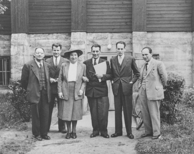 Visite du Cockroft-Walton par la délégation parisienne