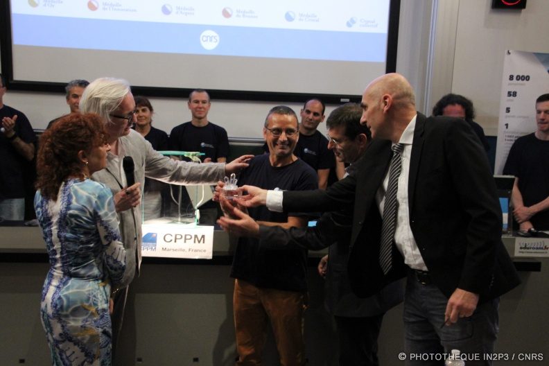 Cristal collectif_CNRS_Ceremonie