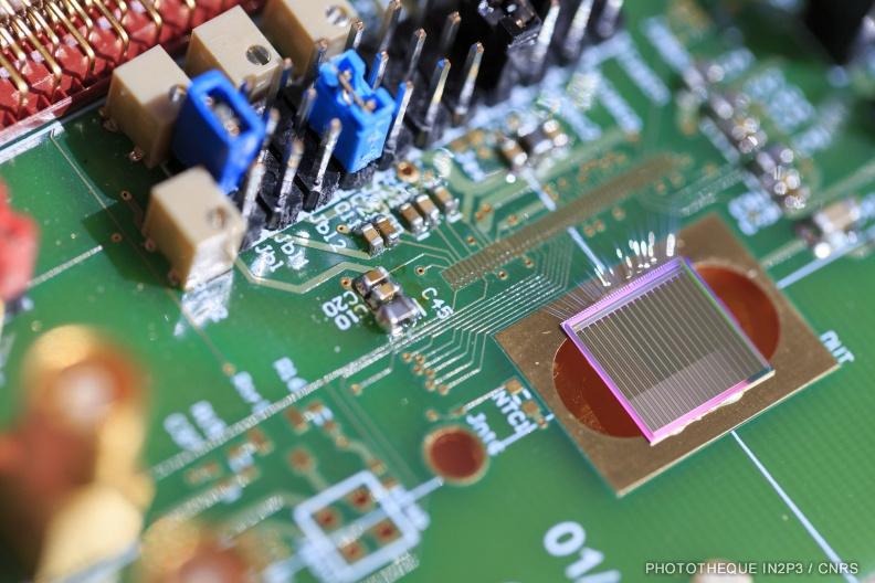 Premier circuit 3D pixels