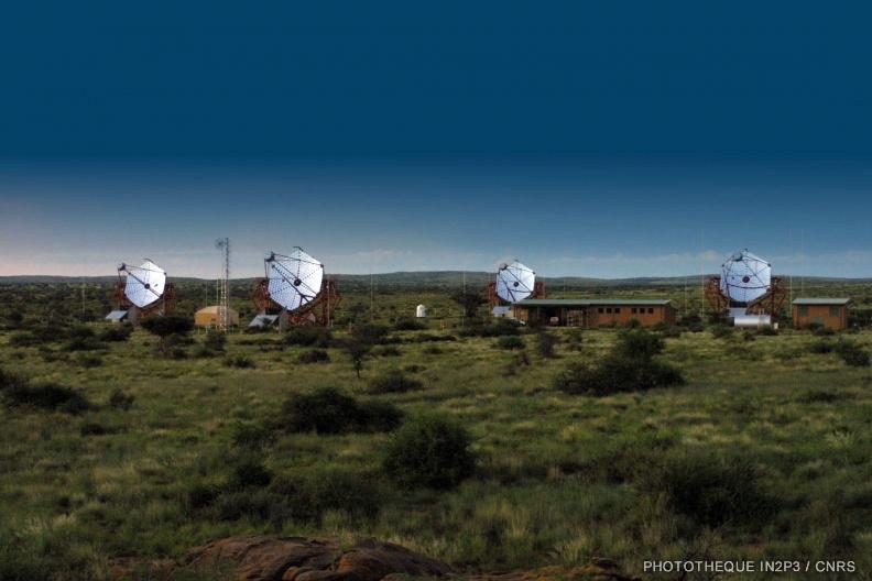An2000-2004-HESS-4 telescope