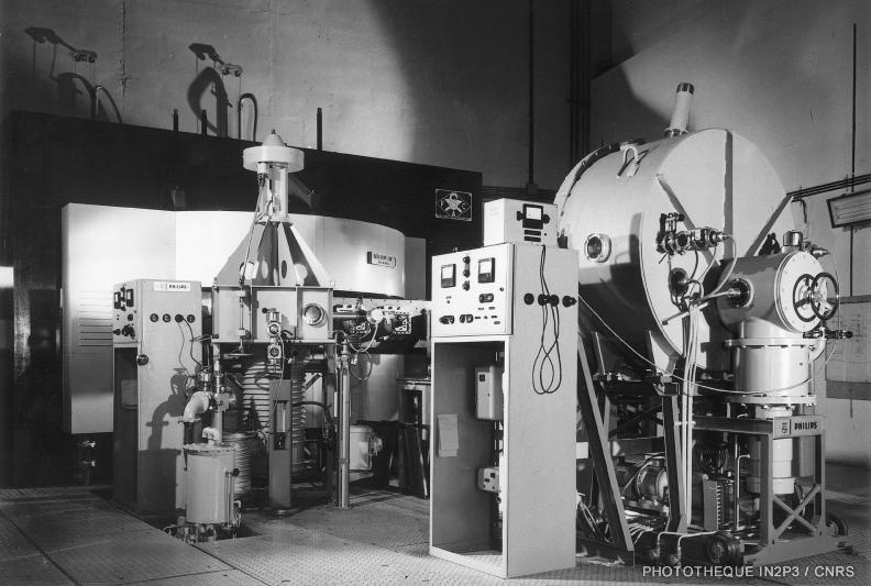 Synchrocyclotron de l'IPNL dans les années 1960 (IP2I)